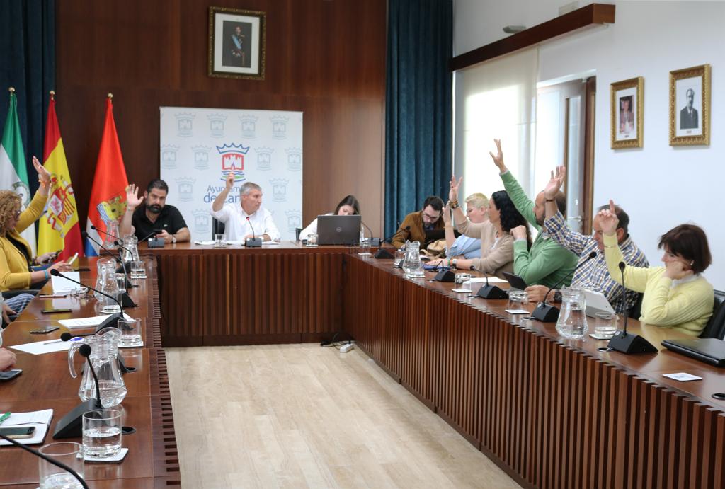Votación de los presupuestos municipales en el Ayuntamiento de Cartaya