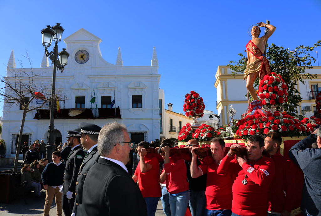Salida procesional de San Sebastián en 2019.