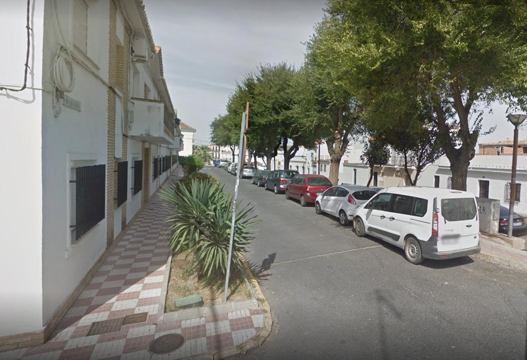 La Policía Local de Cartaya localiza en la Barriada Blas Infante un vehículo robado en otro municipio.