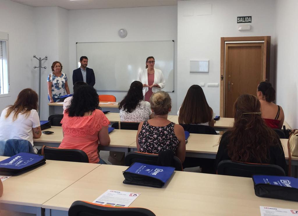 Comienza el Curso de Formación de Camarero y Camarera de Piso en el Centro de Formación del Ayuntamiento.