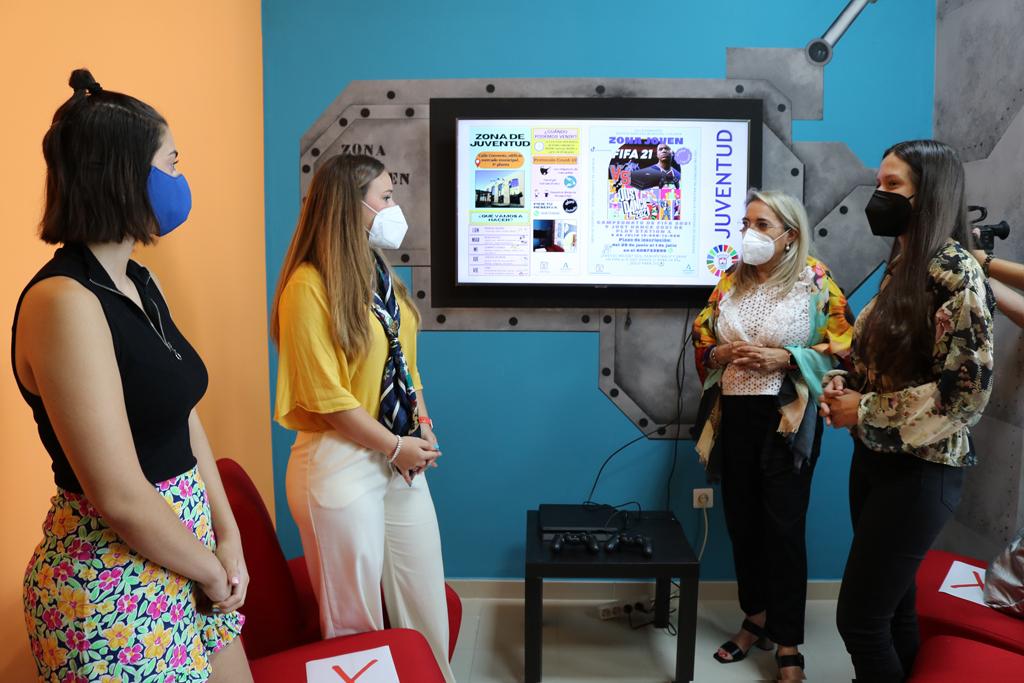 El Ayuntamiento abre el nuevo Espacio Joven en la primera planta del Mercado Municipal