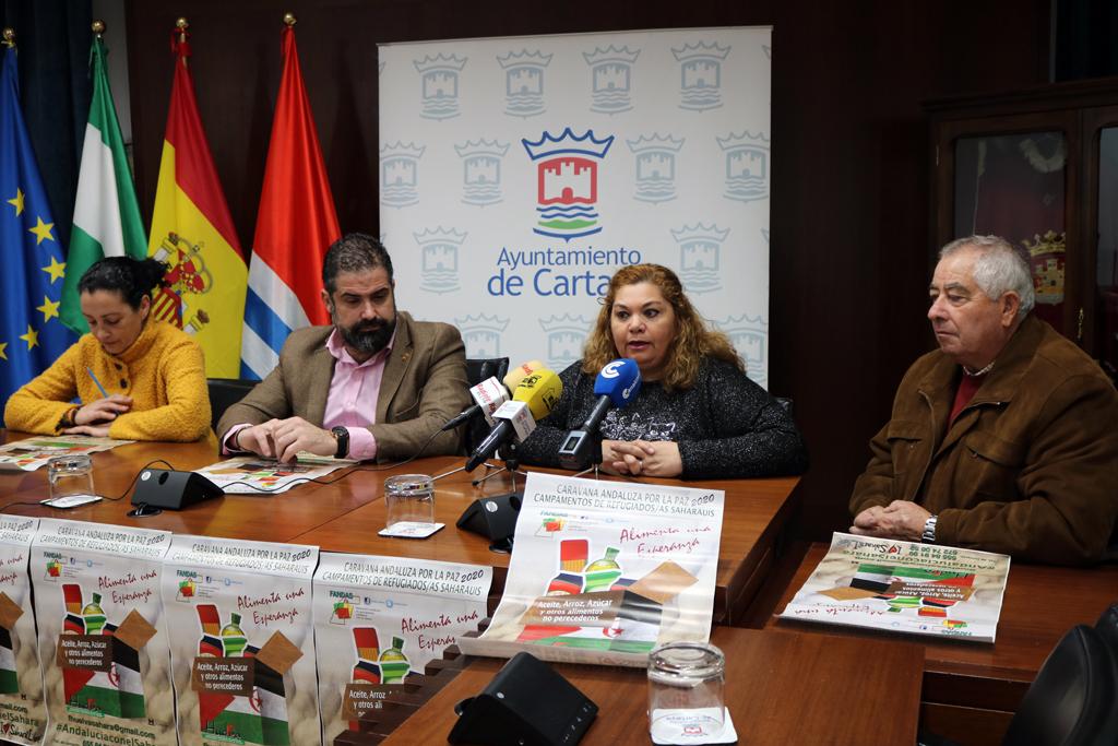 La Asociación de Amigos del Pueblo Saharaui de Cartaya presenta en el Ayuntamiento la campaña 'Caravana por la paz' 2020.