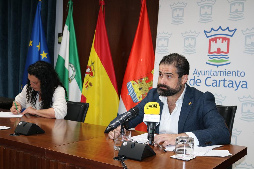 Comparecencia del alcalde y la concejala de Servicios Sociales y Salud para informar de las medidas contra el coronavirus en Cartaya.
