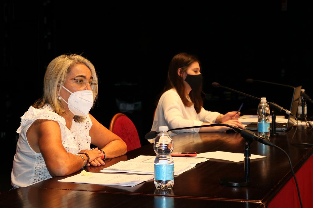 El Pleno del Ayuntamiento de Cartaya da luz verde a las ayudas a autónomos y al plan Aire, para desempleados, para paliar los efectos de la crisis del COVID-19.
