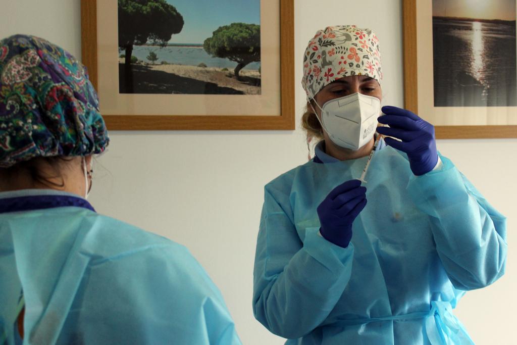 Cartaya inicia la vacunación de las personas mayores de 80 años.