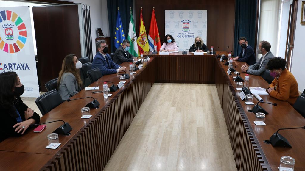 El Ayuntamiento consigue el compromiso de la Junta para retomar el proyecto del Centro de Día para mayores de Nuevo Portil