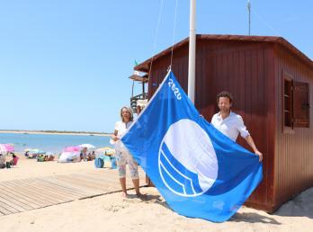 Satisfacción municipal porque Cartaya consigue cuatro banderas azules, dos de ellas para las Playas de Nuevo Portil y San Miguel. (Foto de archivo).