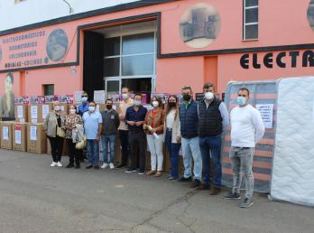 Los feriantes de la costa donan electrodomésticos para los afectados por las inundaciones